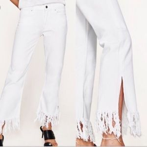 NWT ZARA basic Fringe White Denim Flare Jeans sz 2